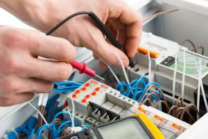 Сайт компании «Элтех-Инжиниринг» - поставки электротехники